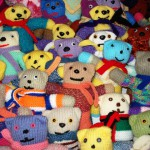 big-group-of-teddies